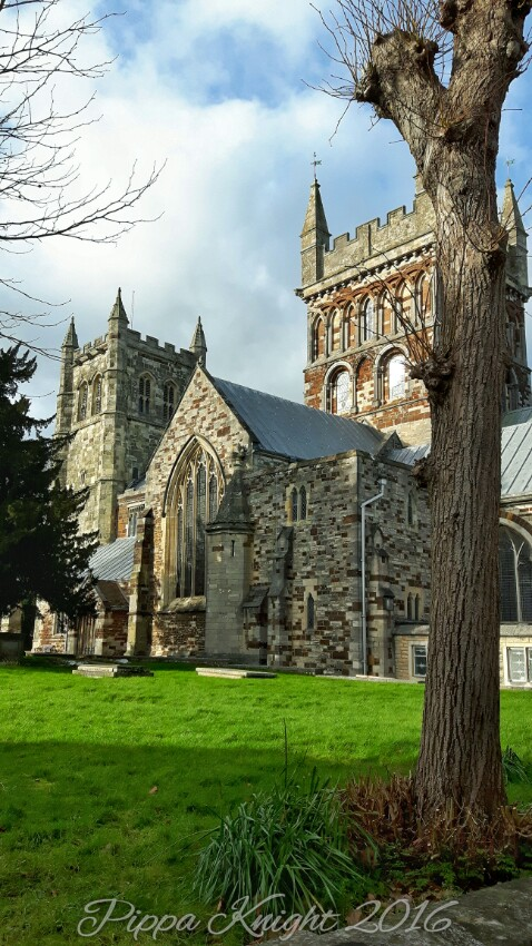 A nice touristy photo of Wimbourne Minster...