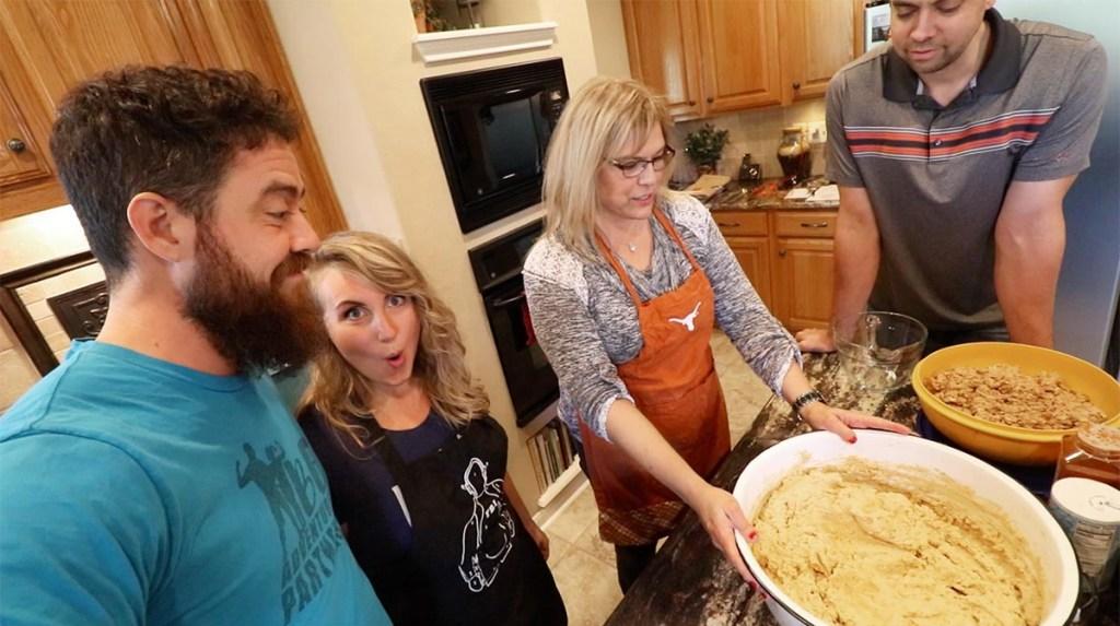 Pork Tamale Recipe - Gloria Giving Instructions