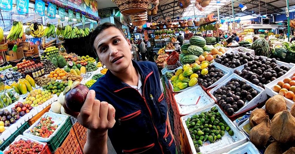 Adventures To Paloquemoa Market In Bogotá Colombia_Mangostino
