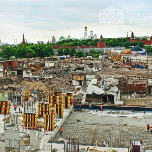 Construction of the «Zaryadye» park