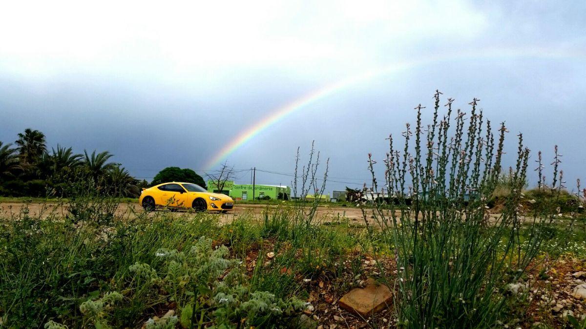 Rainbow over a GT86