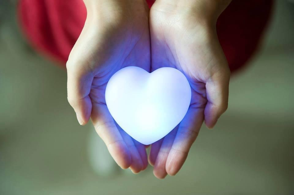 corazon-luz-azul