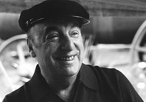Analysis, Central Idea and Theme of Keeping Quiet by Pablo Neruda