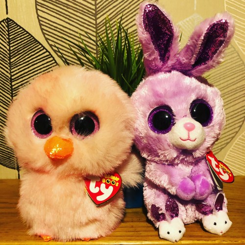fuzzy and feathers beanie boos