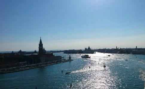 ベネチア港からの景色