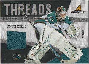 2011-12 Pinnacle Threads #34 Antti Niemi