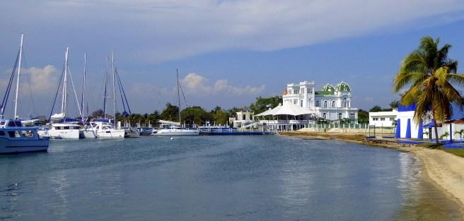Club Cienfuegos marina