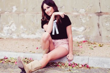 Kacey Musgraves Legs Sexy