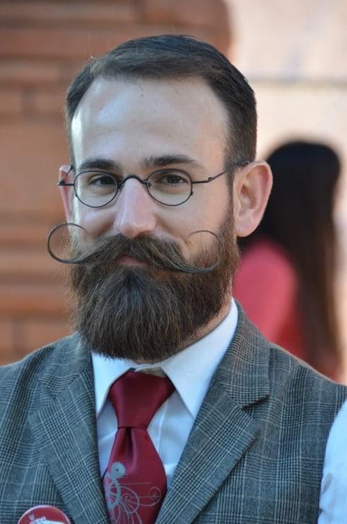 handlebar mustache style