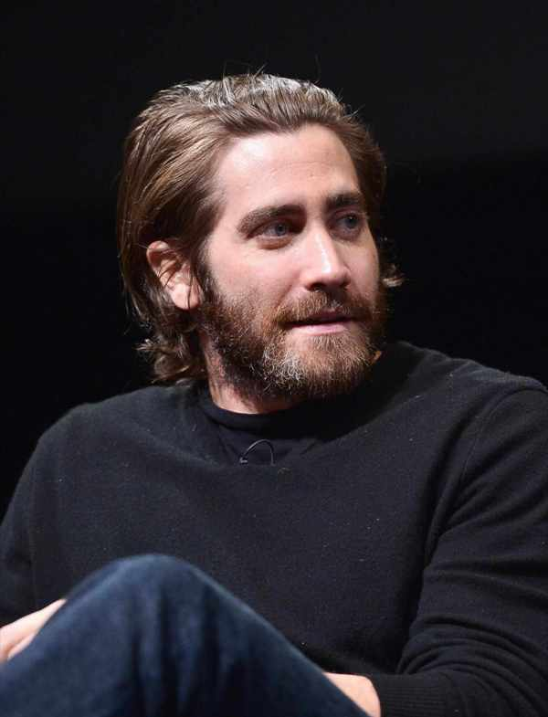 Get Medium Length Hair Style Men With Beard Background