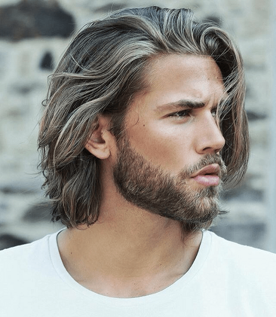 Loose Natural Waves with a Full Beard