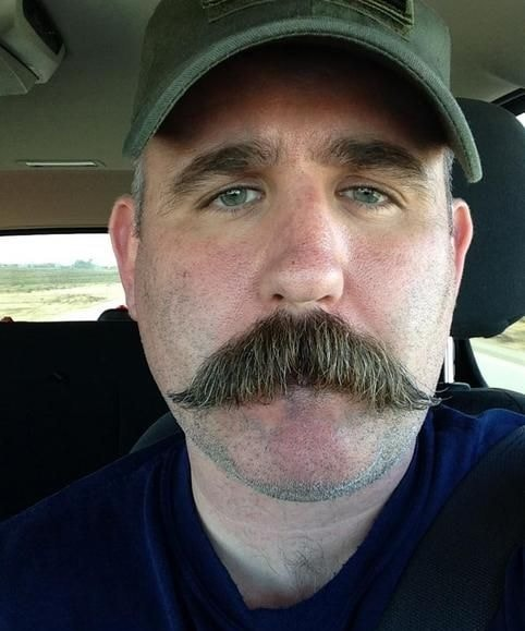 Walrus Mustache Type
