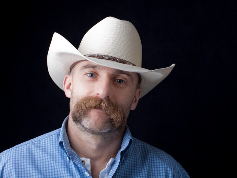 walrus mustache for cowboys