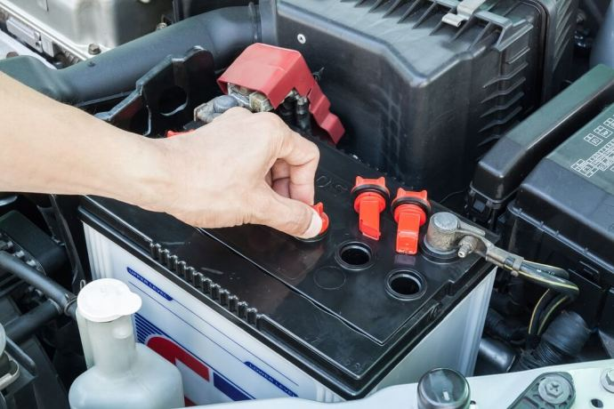 Top Five Reviews On The Best RV Battery 1