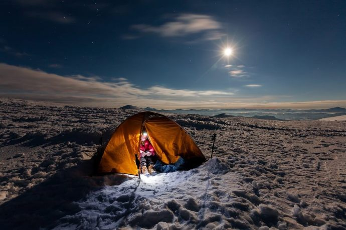 How to Stay Warm in a Tent 2