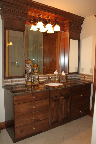 Bunk suite bathroom and shower