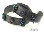 bracelets noirs et cabochon multichrome_BearlyN