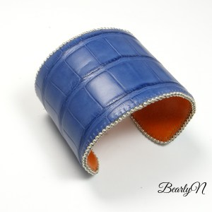 large bracelet cuir de crocodile bleu_BearlyN