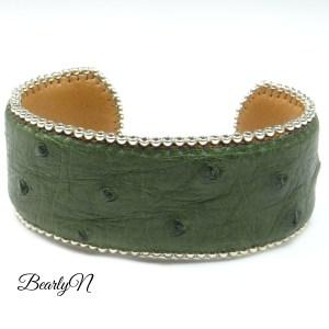 bracelet kaki en autruche_BearlyN