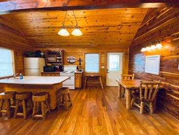Chalet kitchen 2-7
