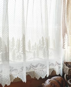 Pinecone Lace Tiers