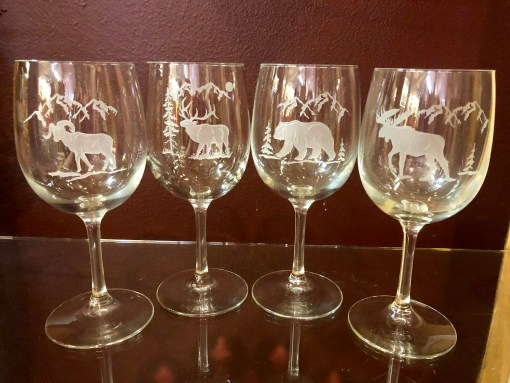 Wine Wildlife Themed Glass