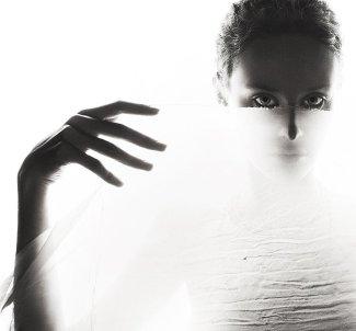 Deep Beauties, Fashion & Feelings - by Ira Bordo - be artist be art magazine