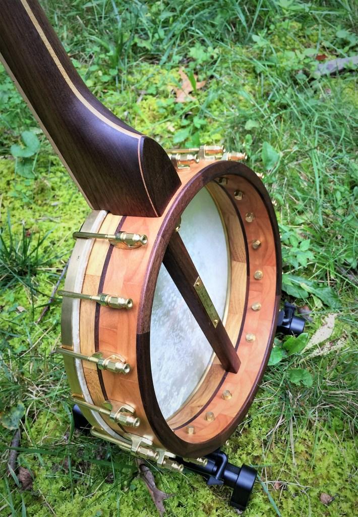 Banjo 017 pot back view