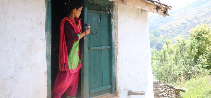 Com seria créixer sent dona en Achham, Nepal?
