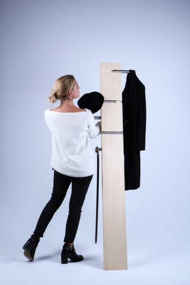 Coat Move Hanger - slides for hanging