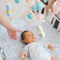寶寶用品推薦・UTmall親子商城星空投影音樂旋轉嬰兒床床鈴