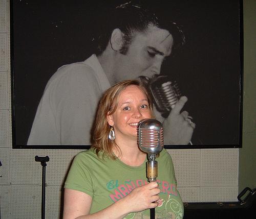 Christine @ Elvis' Mic!
