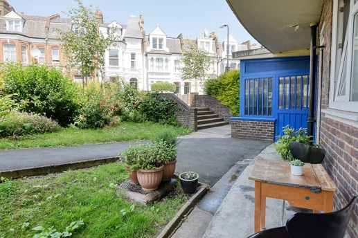 houseforsale_eastlondon_garden