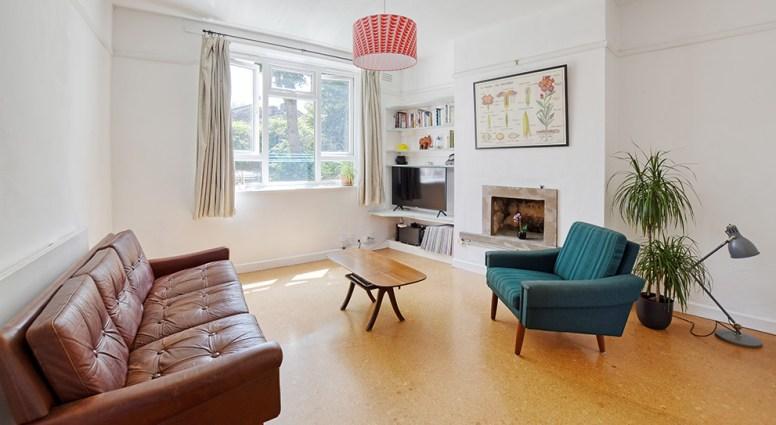 houseforsale_eastlondon_lounge2