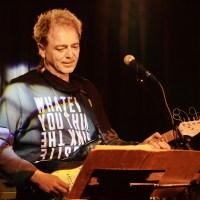"""Петър Писарски от """"Атлас"""": Искам да работя в собствената си страна и да правя авторска музика"""