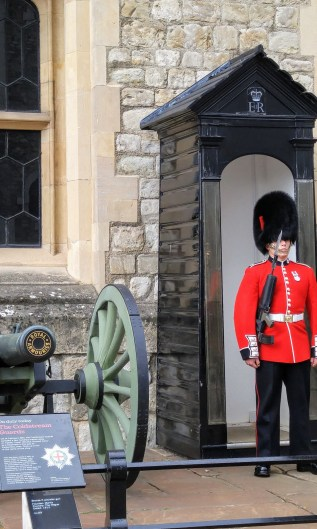 Beefeater outside entrance to Crown Jewels