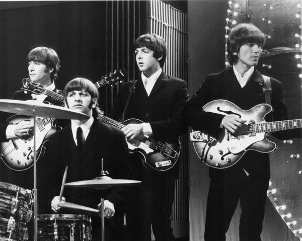 Beatles-Live-the-beatles-7613079-600-479
