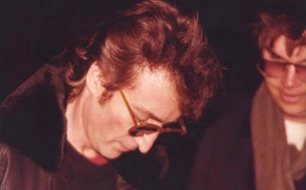 last-photos-of-john-lennon-december-8-1980-3