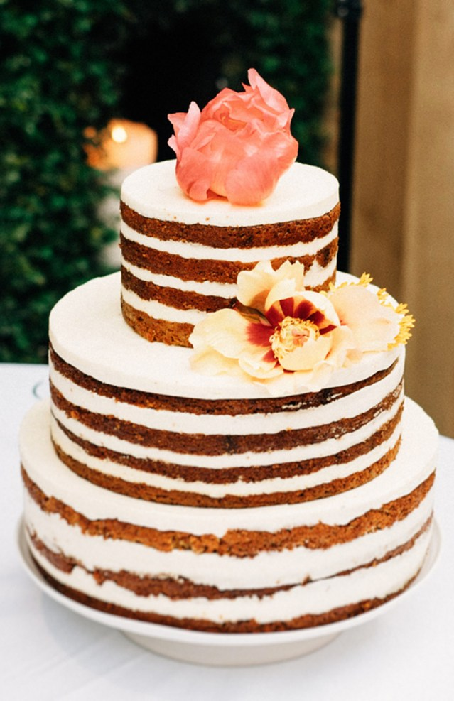 A three-tiered cake from an event held at Ristorante Beatrice.