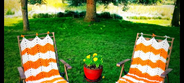 Lazy Daze Lawn Chair Cover.. Free Crochet Pattern!!