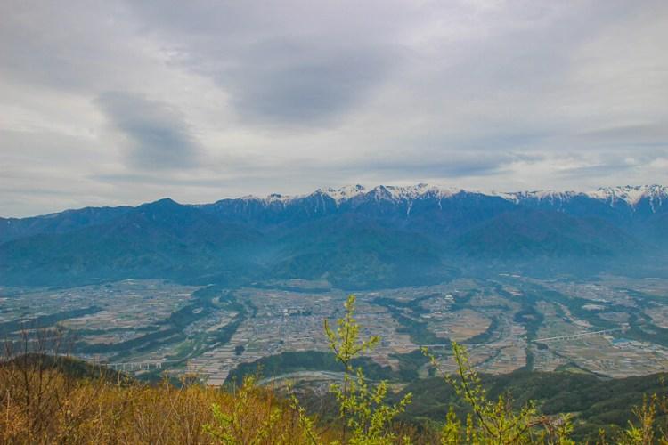 陣馬形山 山頂