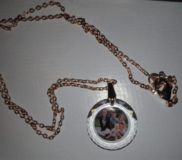 bijou en verre personnalisé