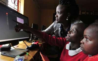 Cameroun : Avec le projet PADESCE, la Banque mondiale injecte 112,4 millions d'euros pour assurer une formation technique et professionnelle des filles