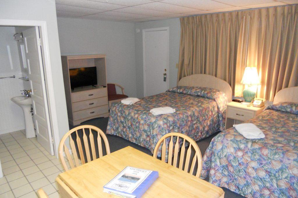 Deluxe Kitchenette Room