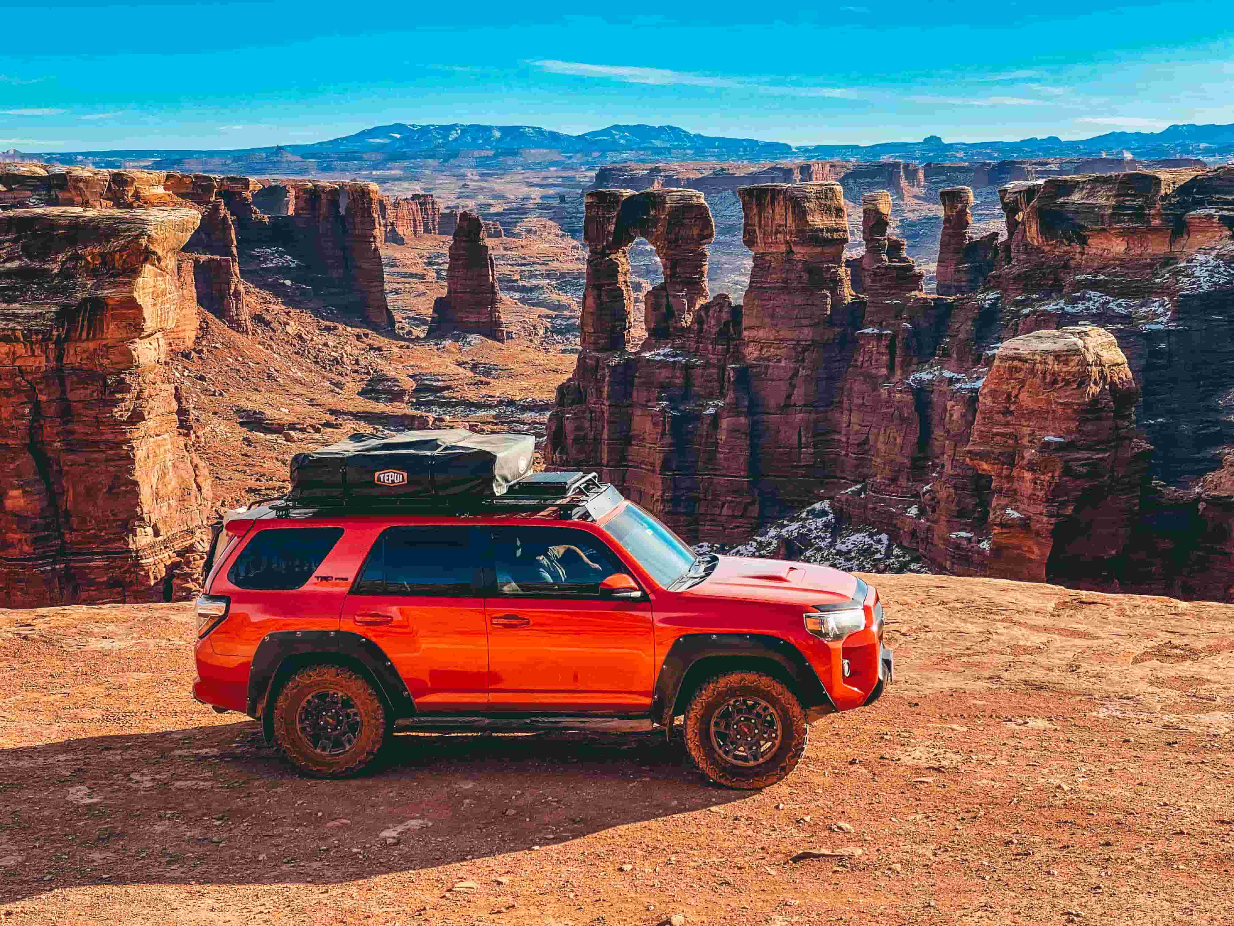 Driving the White Rim Trail in Utah