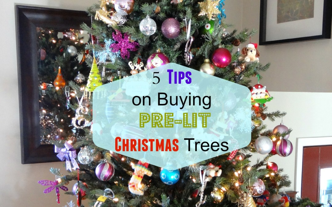 5 Tips on Buying Pre-Lit Christmas Trees