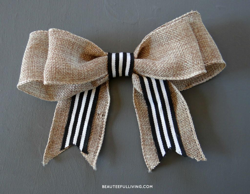 Burlap Bow - Beauteeful Living