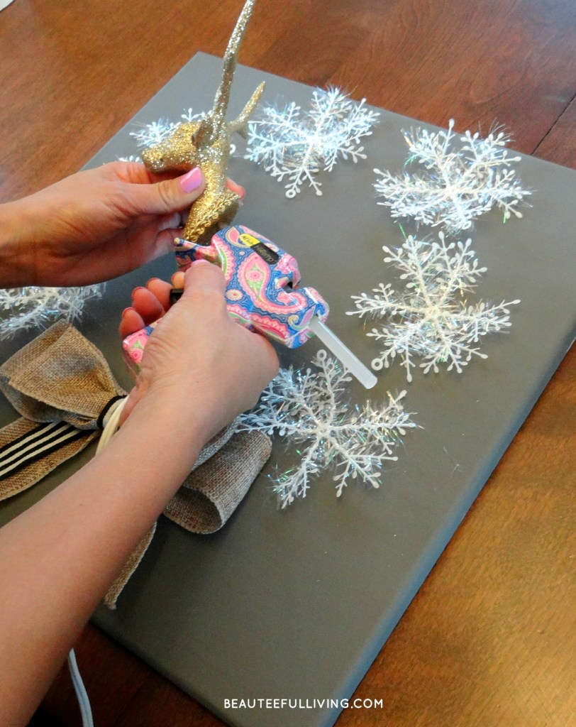 Putting Holiday Canvas Wreath Together