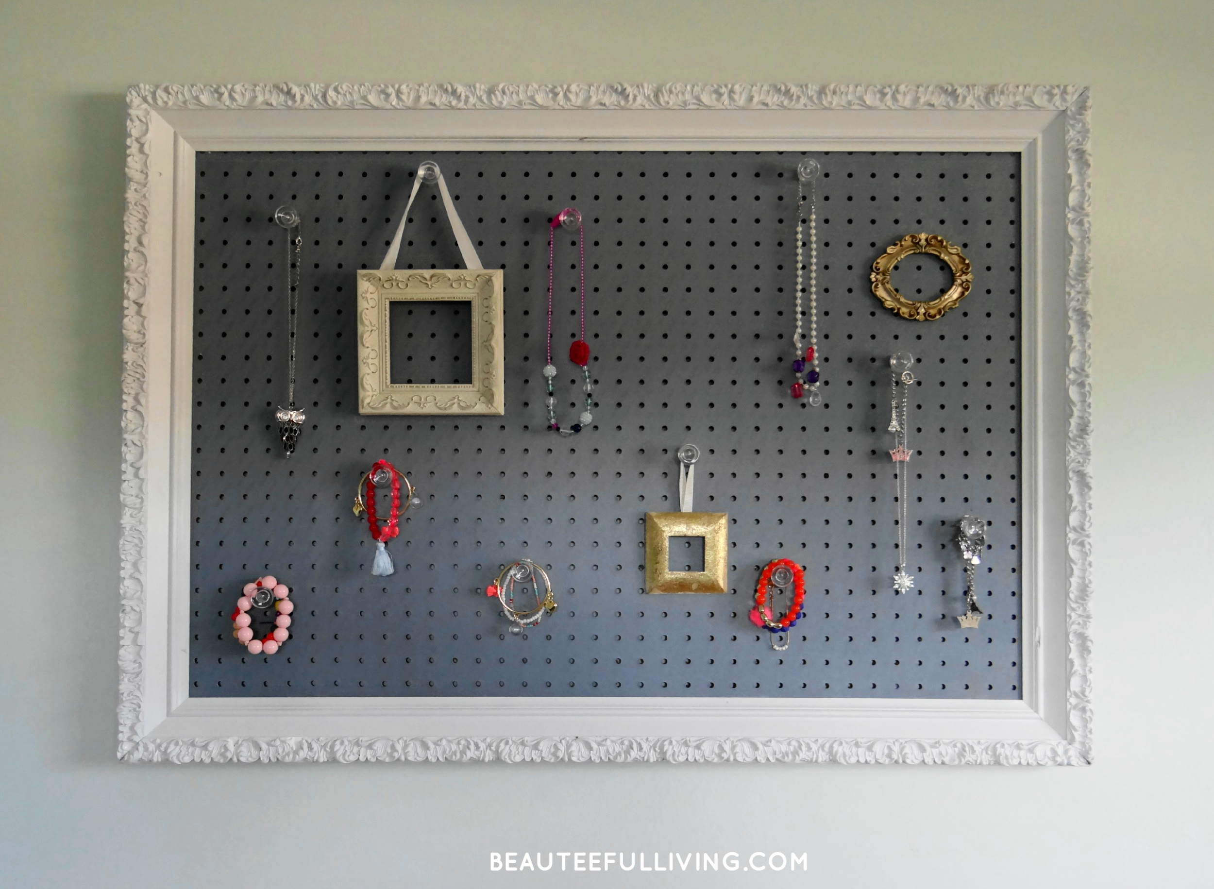 Jewelry Pegboard Frame - Beauteeful Living (1)