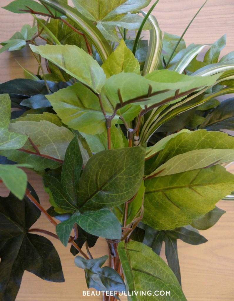 Silk foliage leaves